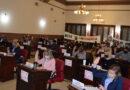 """Multas por reuniones sociales: Con acusaciones de """"ilegalidad"""" convalidaron el decreto"""