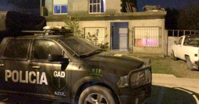 En allanamientos a tres domicilios secuestraron más de 50 tendederos