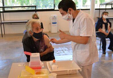 Más de un millón de mayores de 70 años ya recibieron una dosis contra el Covid