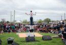 """Gran marco de público en el """"Festival de la Primavera"""" en el Parque Eva Perón"""