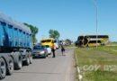 Largas colas en la ruta 51 en Azul tras el corte del Movimiento 1° de Octubre
