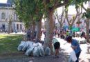 Verdurazo del MTE Rural en la plaza central